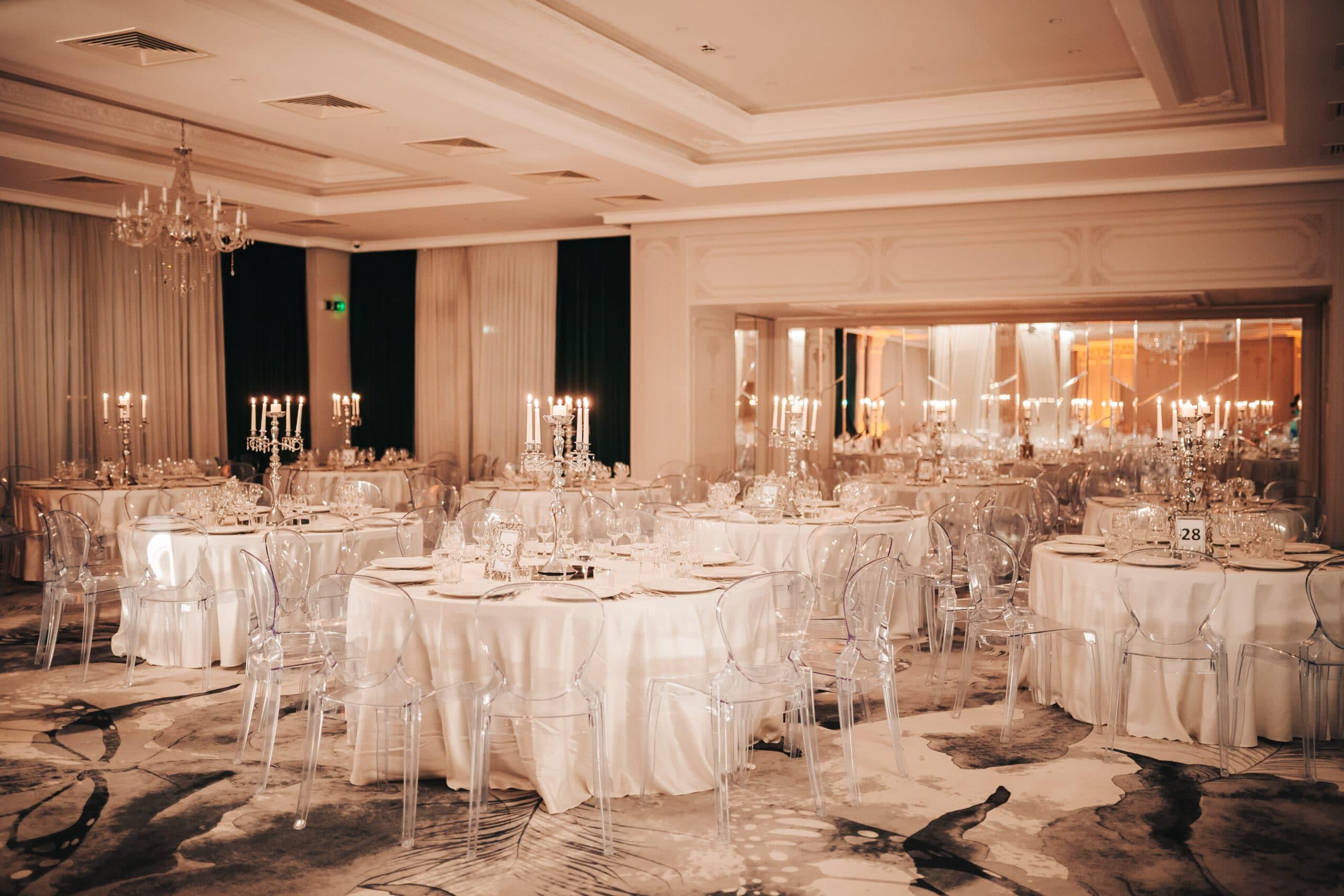 La Rocca Events - Sala Crystal - Mesele invitatilor