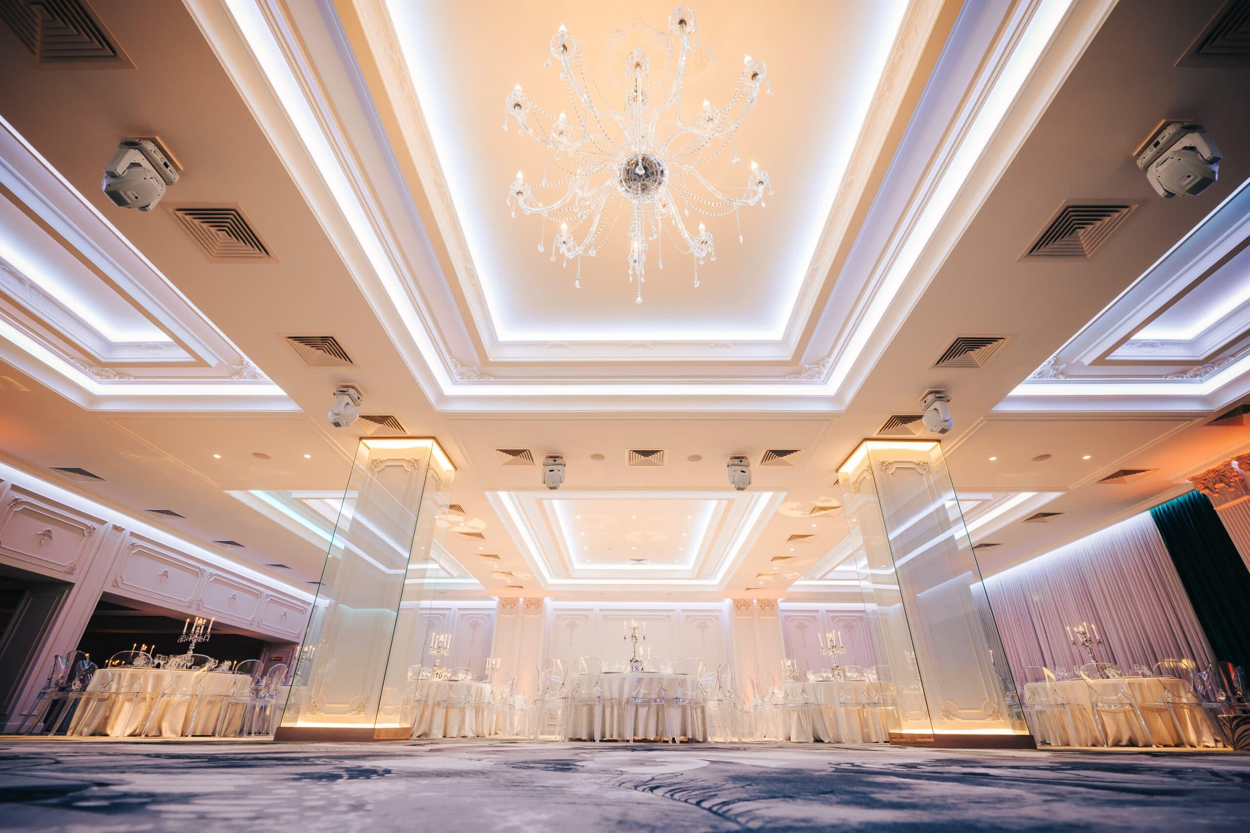 La Rocca Events - Sala Crystal - Ringul de dans - Detalii